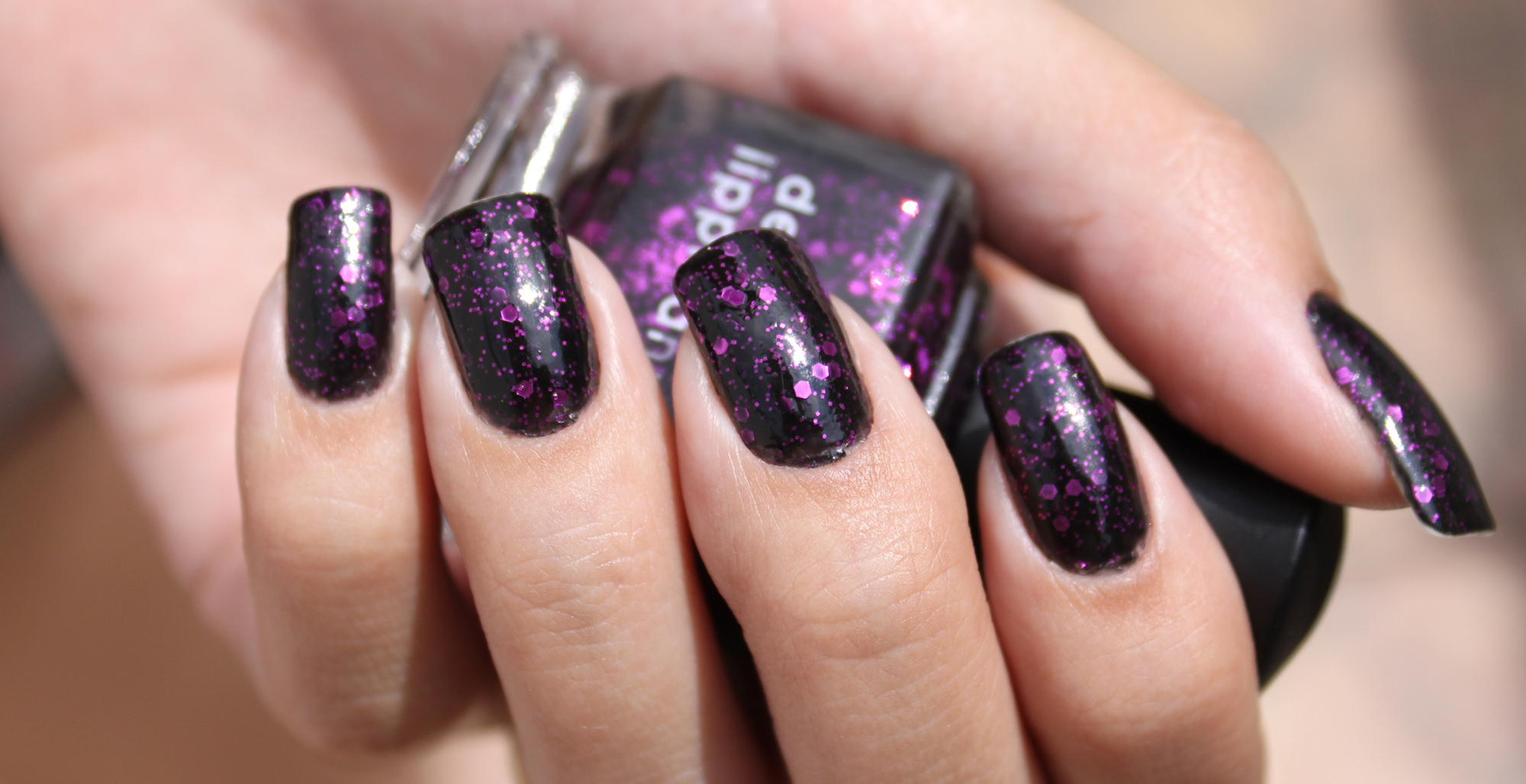 The Art of Nail Art: Five Fall Colors to Add to Your Nail Polish Collection