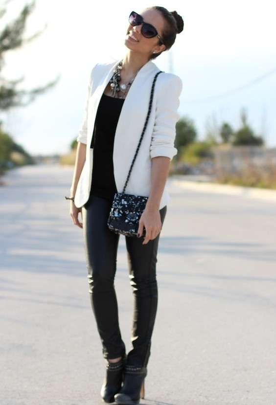 Autumn trend black & white