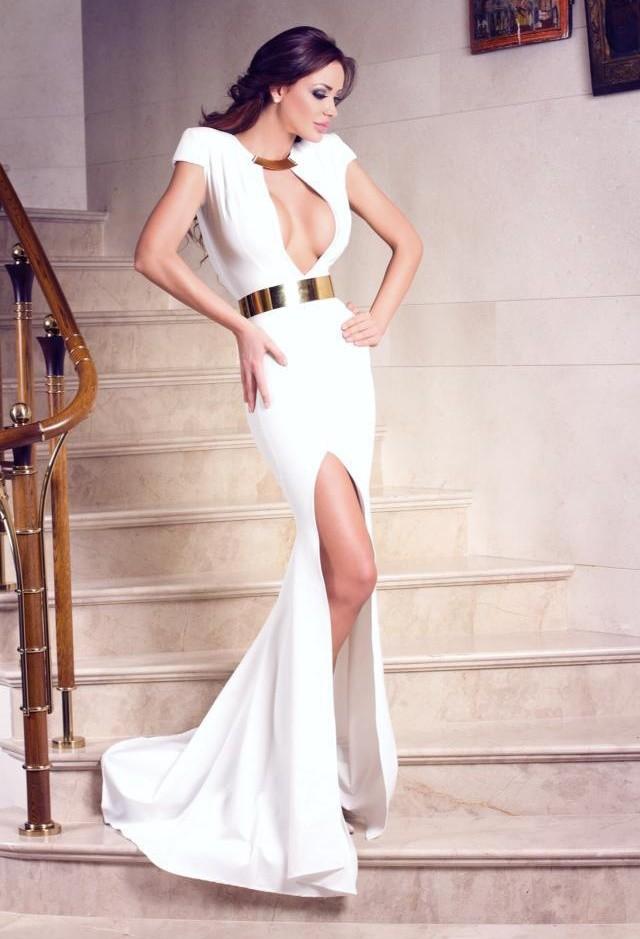 color-blanco-vestidos-amarillo-cinturones~look-main-single