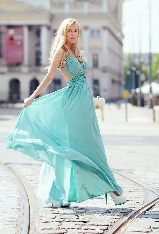 edressy-aquamarine-sleeh-dresses~look-main-single
