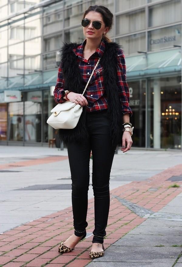 zara-black-love-moschino-vests~look-main-single