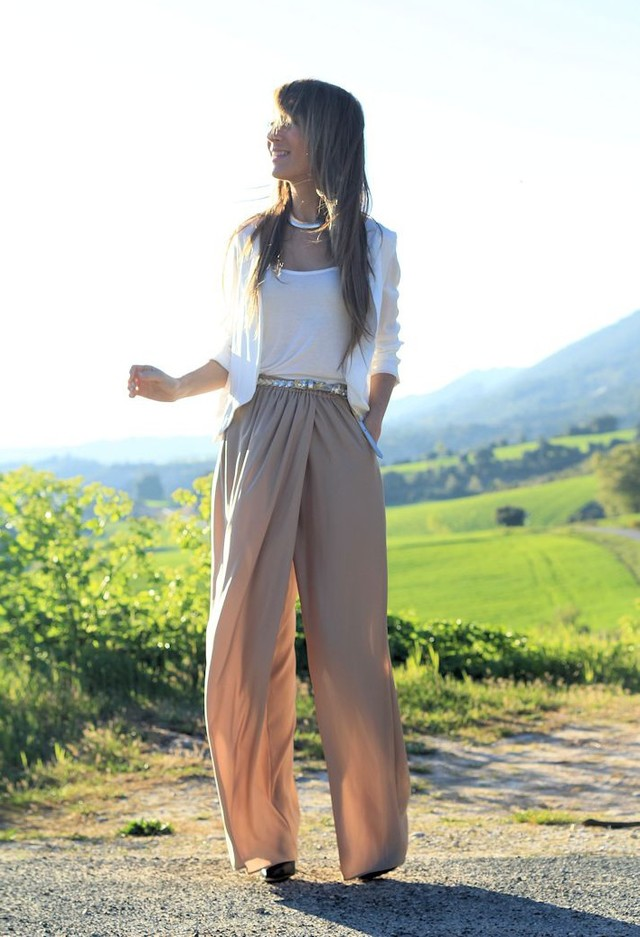 Top 16 High Waisted Pants