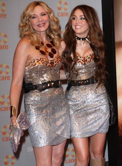 Two Celebrities, One Dress!