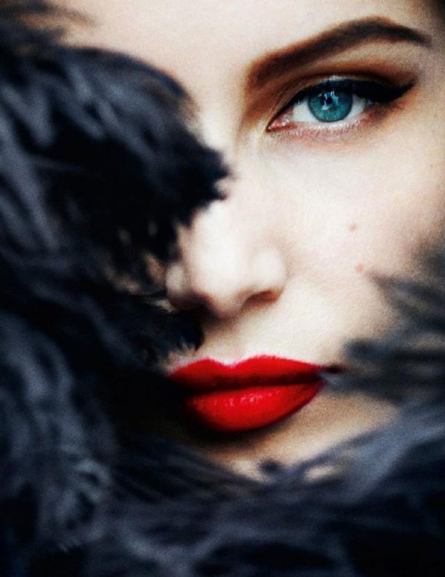 red lipstick (4)