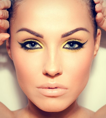 Easy Tips And Tricks For The Perfect Cat Eye Make Up - Cool Easy Makeup Ideas