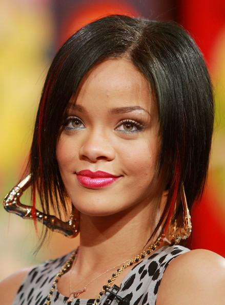 MTV+TRL+Presents+Rihanna+Seth+Green+Zvi_OaXG4Zil