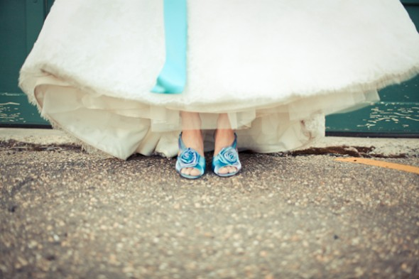 blue-wedding-shoes3-590x393
