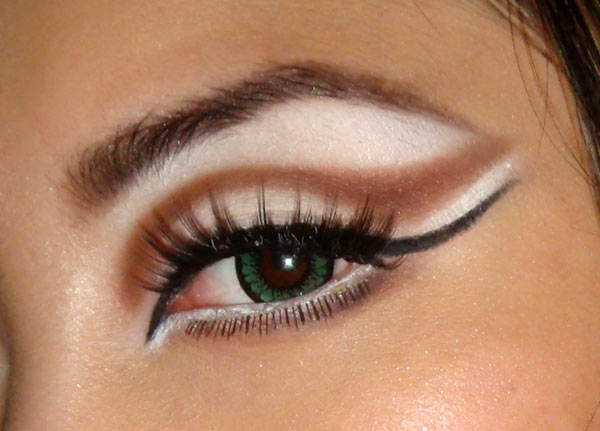 how to create cat eyes with makeup