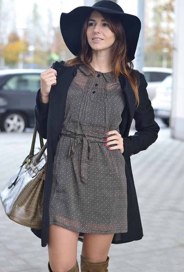 plata-negro-vestidos-abrigos~look-main-single
