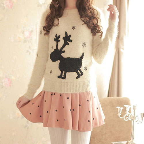19 Cute Sweaters For Christmas