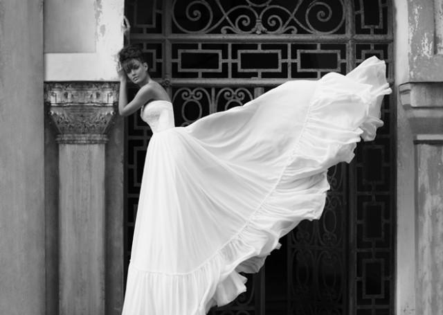 sexy-wedding-dresses (11)