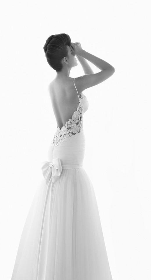 sexy-wedding-dresses (18)