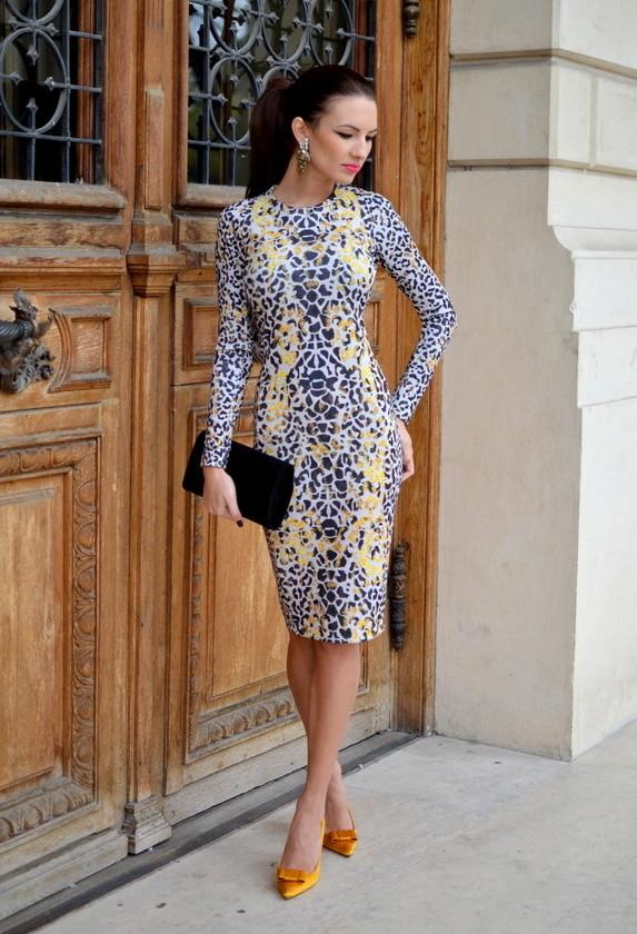 zara-silver-saffron-dresses~look-main-single