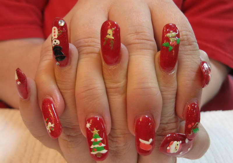 Christmas-Nail-Art-Designs-With-Fir-Tree-Motif