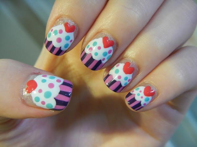 Cupcake Nails 08