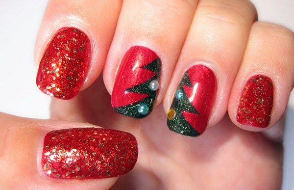 Easy-Christmas-Nail-Art-Designs1
