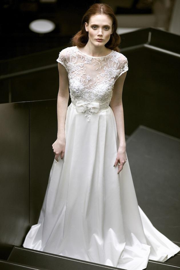 Mira-Zwillinger-Chloe-bow-wedding-dress