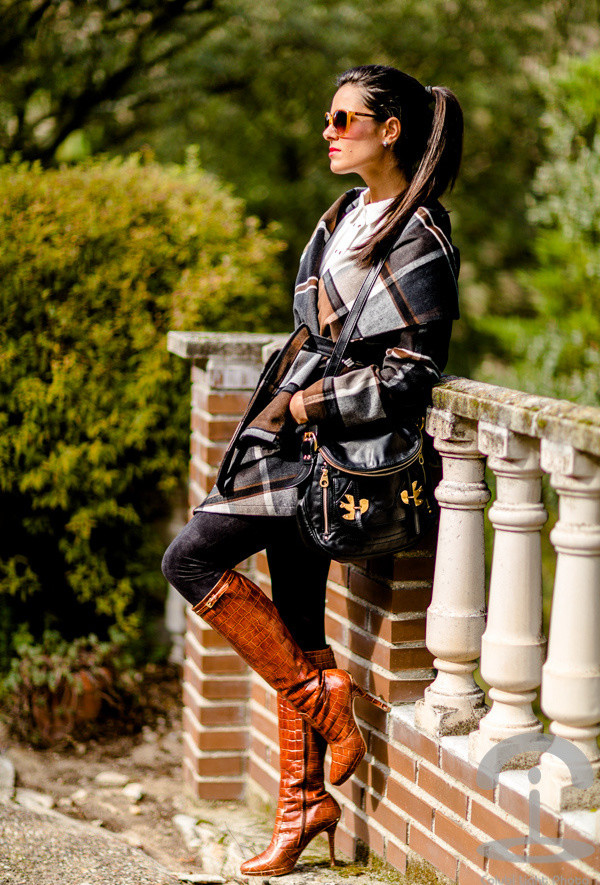 15 Winter Outfits With Brown Boots