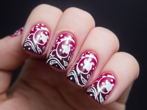 burgundy-nails