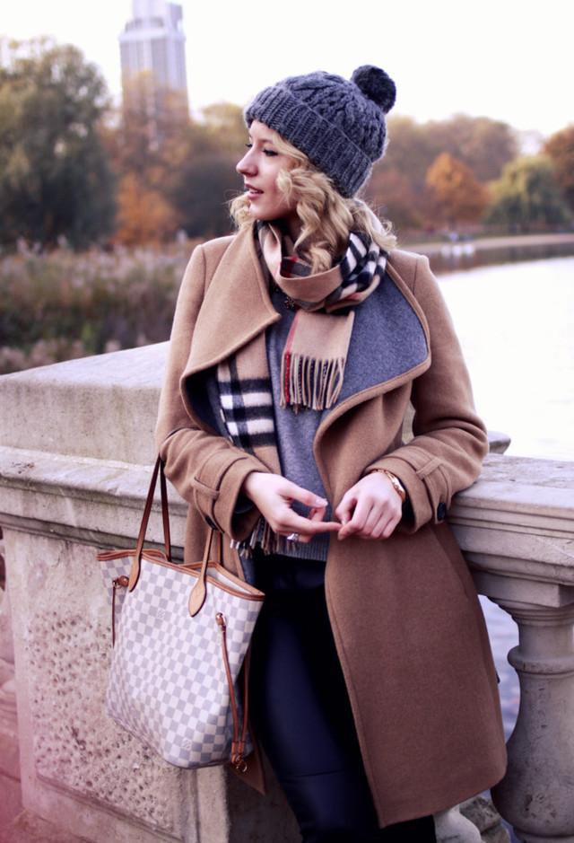 hm-gray-burberry-hats~look-main-single