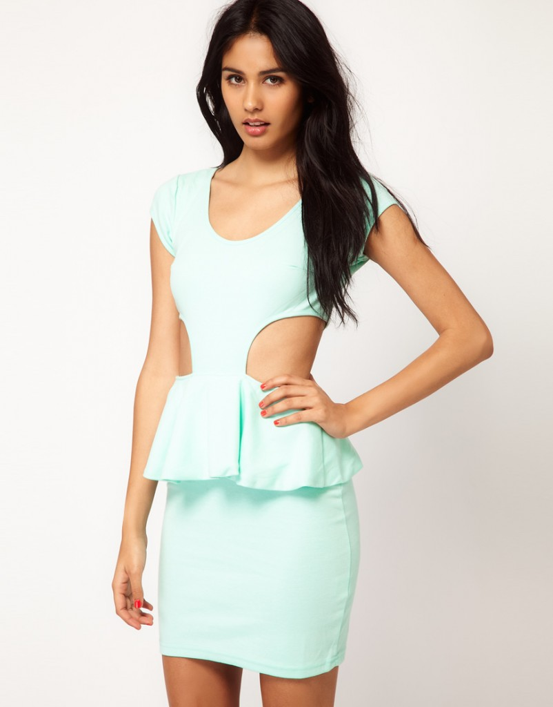 15-Peplum-Dress-Styles-We-Cant-Get-Enough-Of-802x1024