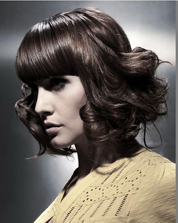 Curly Medium Hairstyles 2