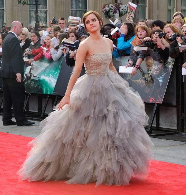 Emma_Watson_Harry_Potter_Premiere_07