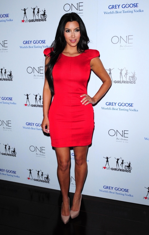 Kim-kardashian-red-dress
