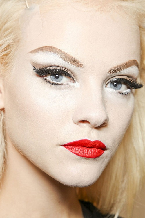 The-Best-Red-Lipstick-Makeup-Tutorial-08