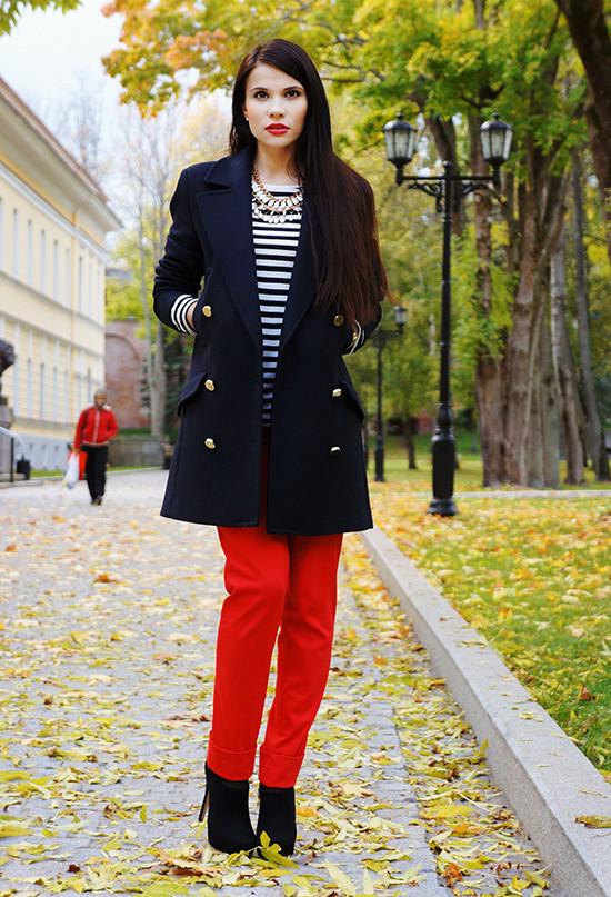 black-dark-blue-coats-red~look-main-single
