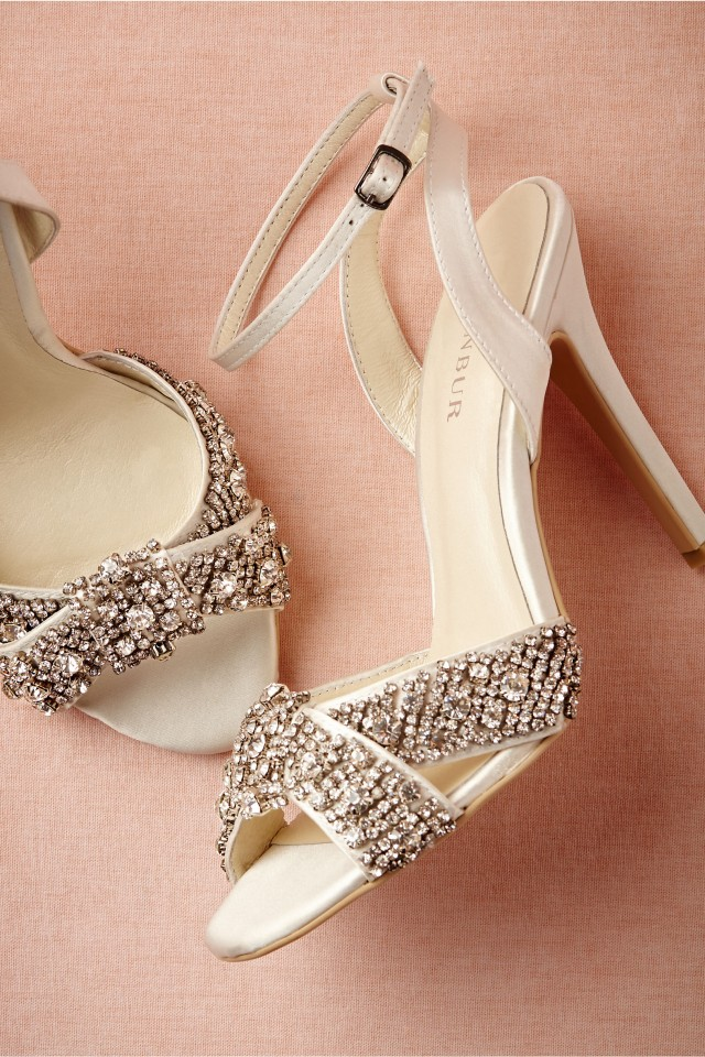 Amazing Bridal Accessories, Shoes & Headpieces