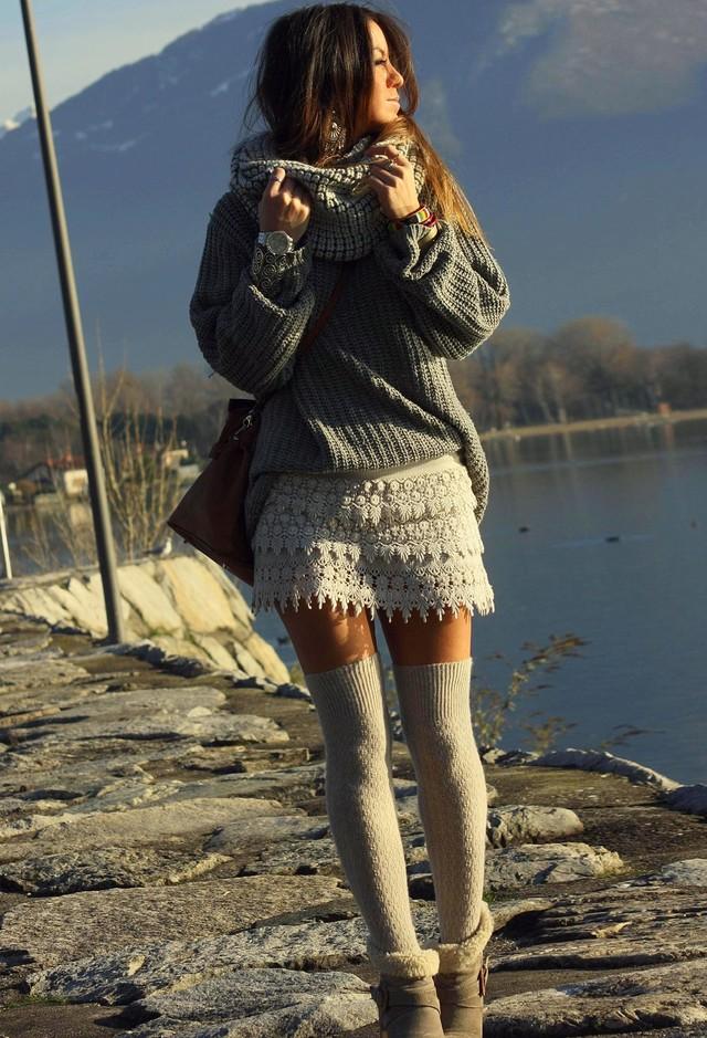 chicwish-beige-pantalones-cortos~look-main-single
