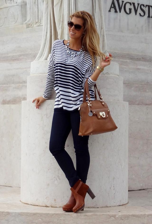 dolce-gabbana-fashion-brands-white-dark-blue-sweaters~look-main-single