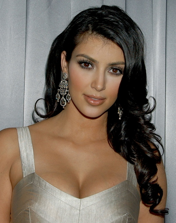 kim-kardashian-curly-hairstyles1
