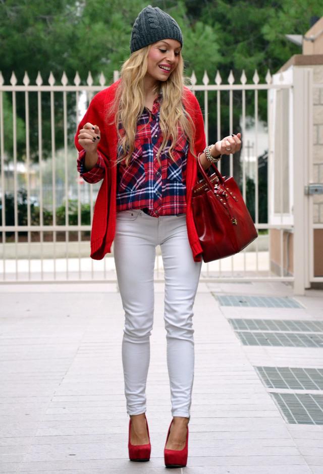 مراهقات شيك~أشيك الأزياء للمراهقاتْ~ملابس للمرهقات شيك~ازياء محتشمة شيك=أحذية شيك وحديثة