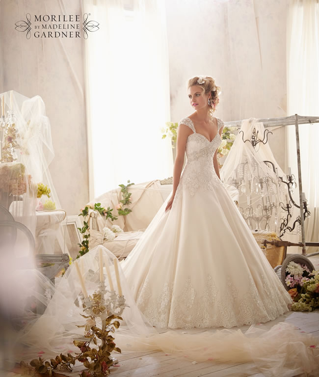 the-latest-mori-lee-bridal-collection-is-full-of-gorgeously-sparkly-princess-gowns-2609-046