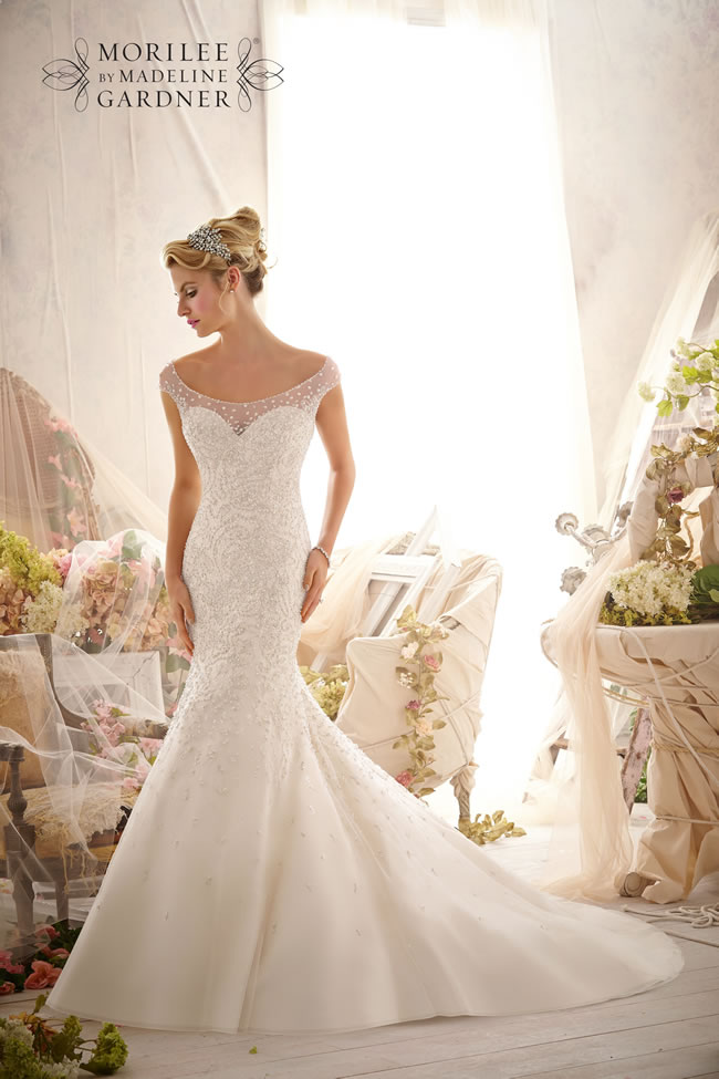 the-latest-mori-lee-bridal-collection-is-full-of-gorgeously-sparkly-princess-gowns-2617-040