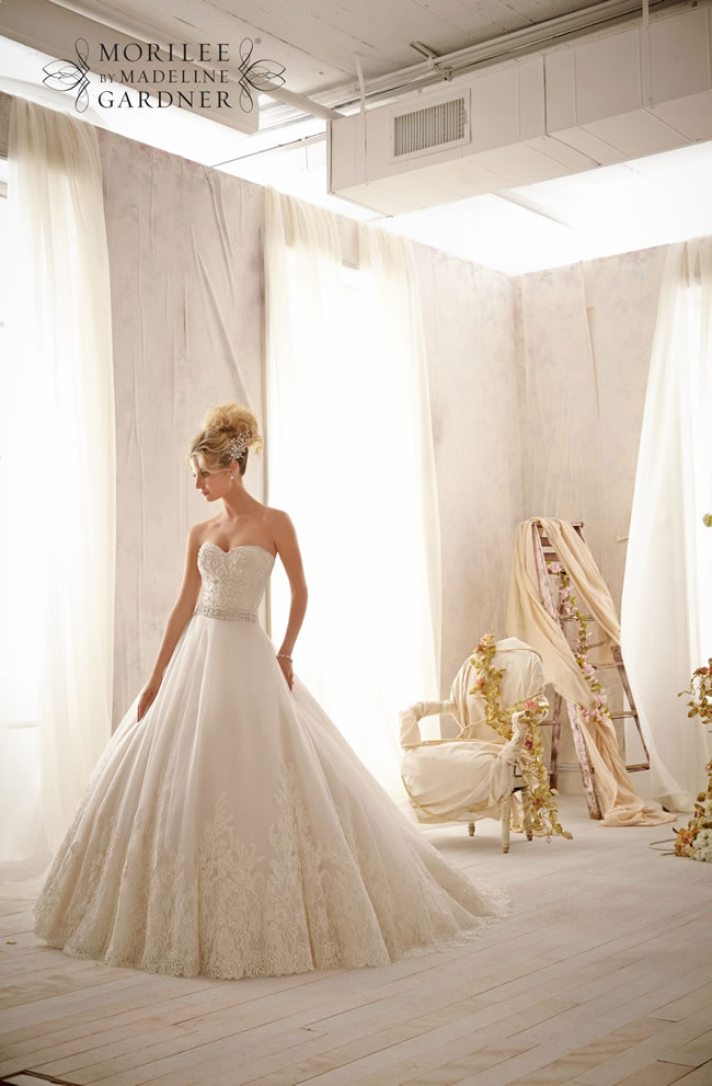 the-latest-mori-lee-bridal-collection-is-full-of-gorgeously-sparkly-princess-gowns-2621-042