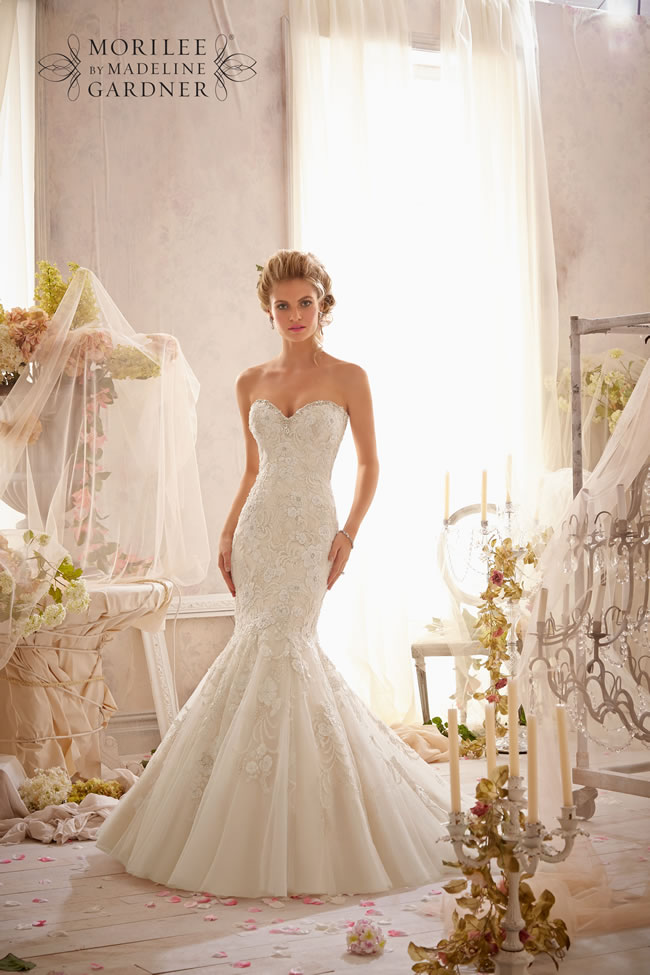 the-latest-mori-lee-bridal-collection-is-full-of-gorgeously-sparkly-princess-gowns-2623-005