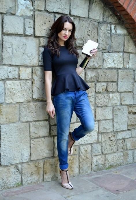 zara-blue-jeans~look-main-single