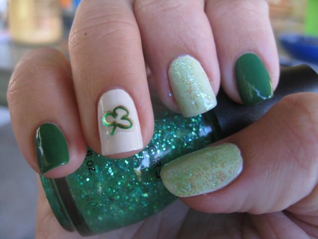 17 St. Patricks Day Nail Ideas