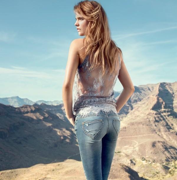 Denim-Babe-in-Twin-Set-Jeans-Spring-2014-Barbara-Palvin-1