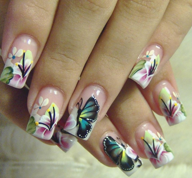 Yarys-Butterfly-Nails-Design-1024x949