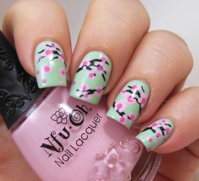 acrylics-general-fabulous-japanese-sakura-flower-motif-in-mint-green-nail-design-nails-polish-designs