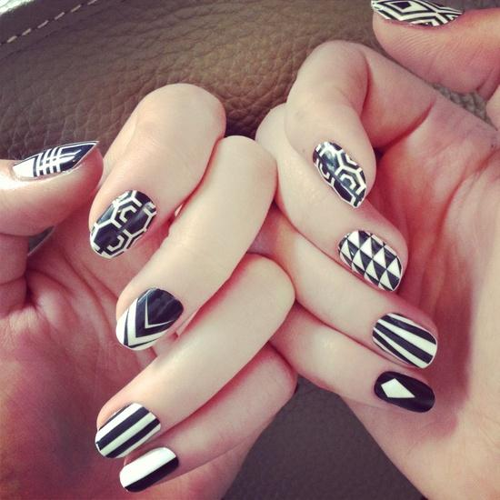 17 Mismatched Nails Designs