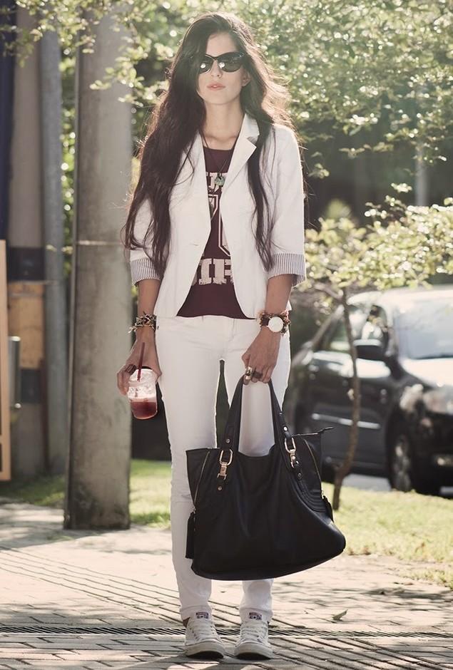 mango-jeans-tennis-camisetas~look-main-single