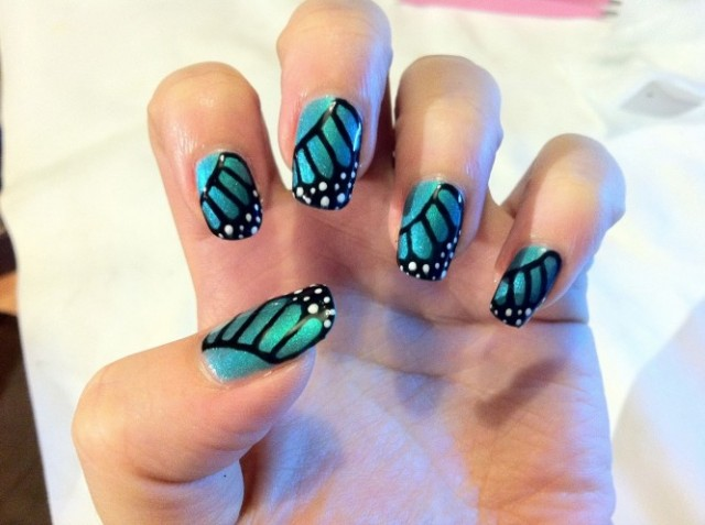nail-art-designs-brush-up-holographic-shellac-nail-art-polish-monarch-butterfly-2013-loveliness-style-butterfly-nail-art-666x497