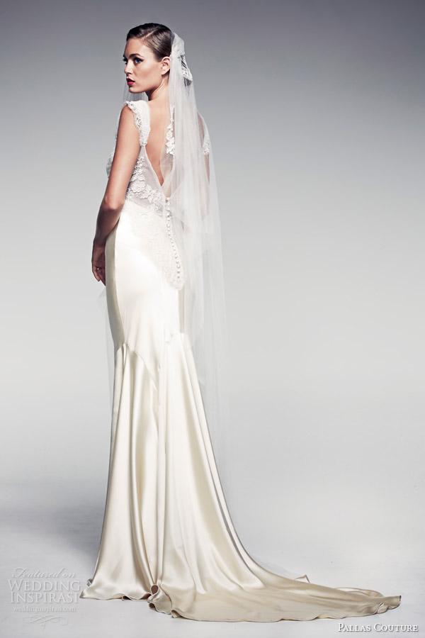 pallas-couture-bridal-2014-fleur-blanche-edeline-wedding-dress-short-sleeves