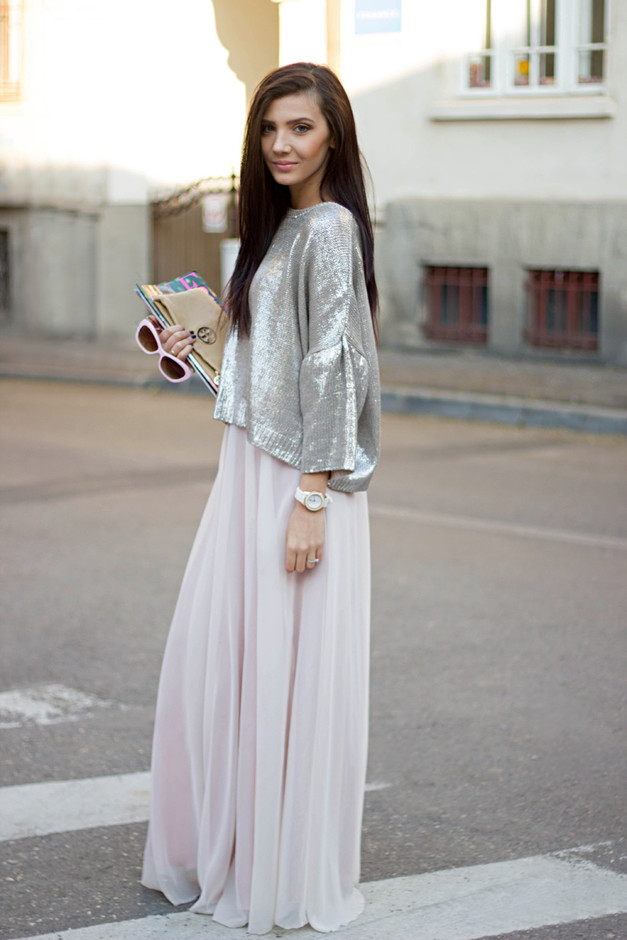 Street Style Looks With Long Skirts For Spring