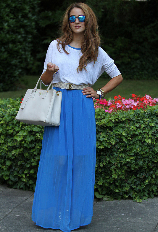 white-bags-blue-dresses~look-main-single